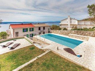 5 bedroom Villa in Crikvenica-Dramalj, Crikvenica, Croatia : ref 2276906