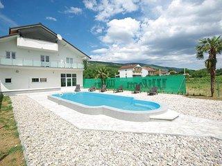 5 bedroom Villa in Makarska-Vinjani Donji, Makarska, Croatia : ref 2278204, Imotski