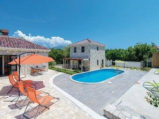 4 bedroom Villa in Dubrovnik-Mocici, Dubrovnik Riviera, Croatia : ref 2278223
