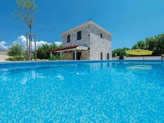 4 bedroom Villa in Dubrovnik-Mocici, Dubrovnik Riviera, Croatia : ref 2278223, Cilipi