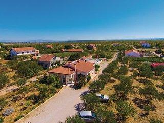 5 bedroom Villa in Sibenik-Cista Velika, Sibenik, Croatia : ref 2278429, Velika Cista