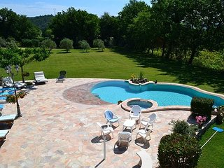 5 bedroom Villa in Pertuis, Vaucluse, France : ref 2279161, Paradou