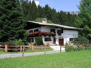 7 bedroom Villa in Sankt Johann in Tirol, Tyrol, Austria : ref 2295537