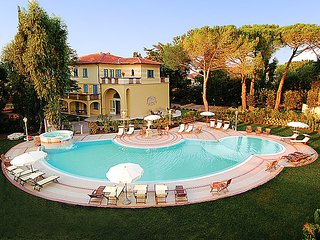 2 bedroom Apartment in Vada, Tuscany Coast, Italy : ref 2300059