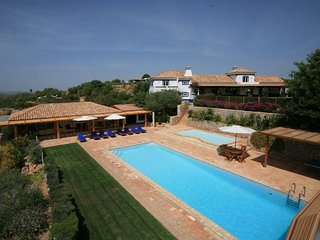 4 bedroom Villa in Malhao, Algarve, Portugal : ref 2307463, Cerca Velha
