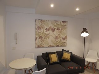 Apartamento de diseno, completo y bien situado