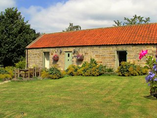 Detached Cottage with Stunning Views. Short Breaks, Helmsley