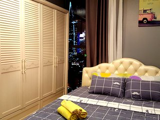 3BR&2BATH mini penthouse in Saigon /Rooftop pool, Ho Chi Minh City