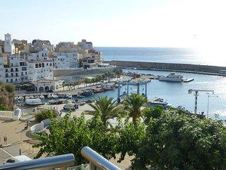 Dúplex (6 pax) piscina comunitar. y vistas al mar., L'Ametlla de Mar