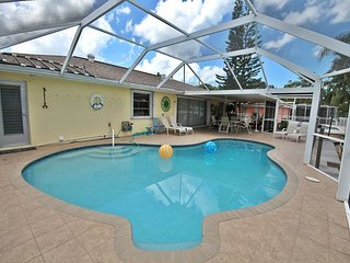 405 Madison Crt, Fort Myers Beach