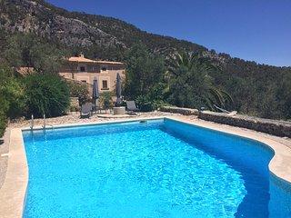 Imagen de perfil de usuario Casa rural con piscina, Bunyola