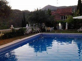 Alquilo easupenda Villa con Encanto., Huetor Santillan