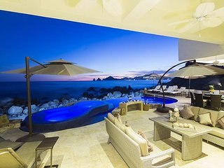 Casa Luna - Last Minute December Special Down to $2,500 from $3,800, Cabo San Lucas