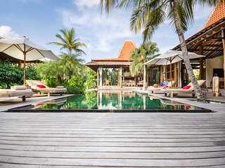 Spacious, Modern, Luxurious Canggu Villa w 2 Pools