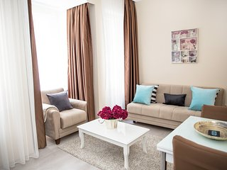 Ditto Flats - Poppy 1 BR in Cihangir Sleeps 3
