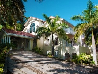 Wonderful 8 Bedroom Villa in Montego Bay