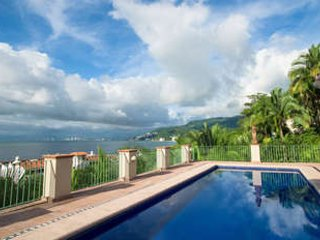 Beautiful 6 Bedroom Villa in Puerto Vallarta