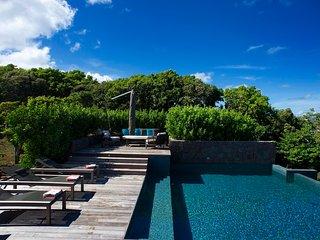 Magnificent 5 Bedroom Villa in Montjean, Marigot
