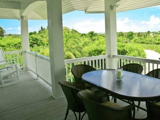 Lovely 3 Bedroom Villa in Fowl Cay, Staniel Cay