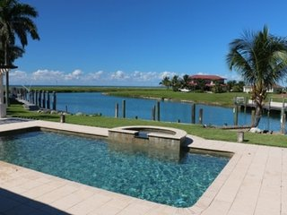 Excellent 5 Bedroom Villa in Grand Bahama, West End