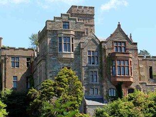 004-Magnificent Castle