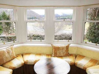 048a-Highland Holiday House, Ballater