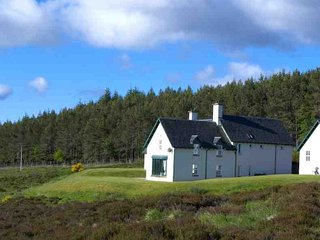 183-Lodge On The Moor, Blair Atholl