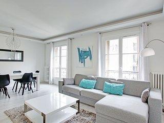 1 bedroom A/C Paris Ecole Militaire 49m2