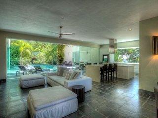 Delightful 3 Bedroom Villa in Puerto Vallarta, Boca de Tomatlan