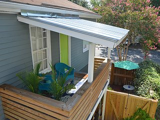 Clara's Cottage off Forsyth Park PETS OK! SVR00453, Savannah