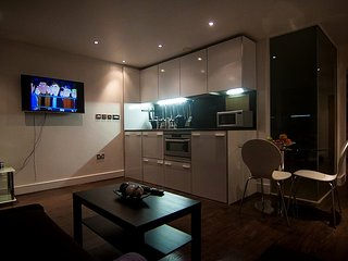 PTK LUXURY APARTMENTS - 4, Nottingham