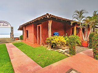 NEW! Beachfront Troncones Home w/Patio Near Hiking