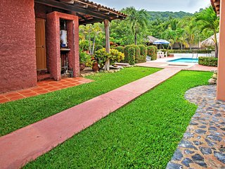 NEW! 'Brick Casa' 2BR Troncones House w/Patio!, Ixtapa