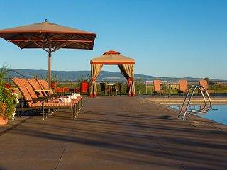 Hunstman Springs Luxury - Minutes from Grand Targhee Resort, Driggs