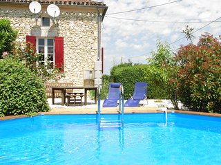 Restored Farmhouse gite with views and pool, Lalandusse