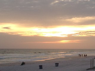 Great Priced Affordable Condo in Panama City Beach