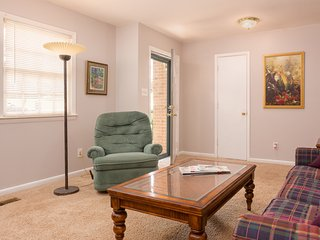 3BDR/1.5BTH Entire Fayetteville Home for 7