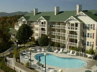 2 BR Condo near Smoky Mountains, Pigeon Forge, TN