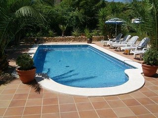 Near Sitges, Exclusive Villa, Private Pool, WIFI