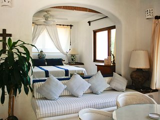Casa Parota San Pancho Quetzal Room