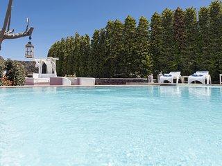 Swinging Sunset Villa - Private Pool & Private Spa