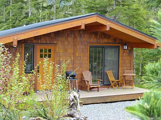 #82 Zack & Lexi's / 1BR / No Pet, Port Renfrew