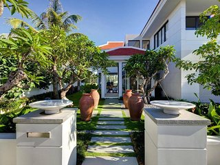 The Ocean Villas Danang - Pool Villa 3BR