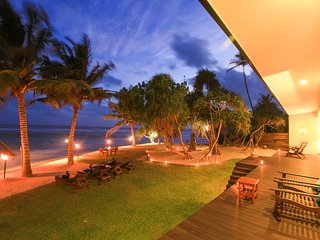 South Point Villa - luxury family villa on the beach. fully staffed,  pool,