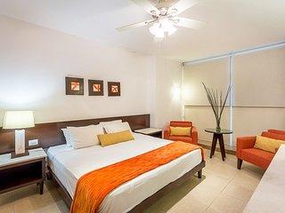 Casa Chica (102) - Ground Floor, Beautiful Ocean Views, 5 Min To Town, Cozumel