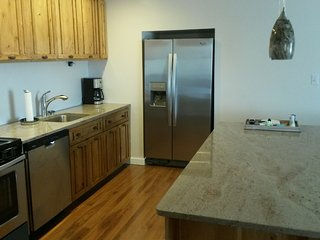 Private 2 Bedroom Home, Close to Zion National Par