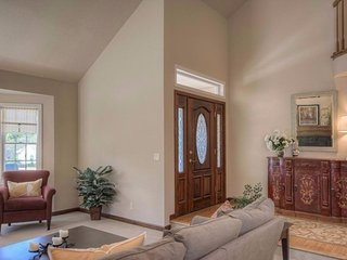 Furnished 4-Bedroom Home at W K St & W 8th St Benicia