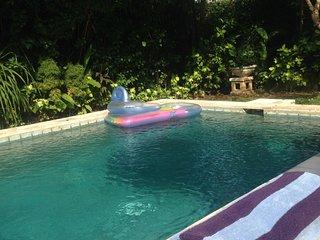 Pool Villa - Huge 3bed /Sleeps 6 - Oberoi Rd/Eat St SEMINYAK - SUPERB LOCATION!