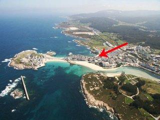 Playa Primerísima Línea en San Ciprián, Galicia