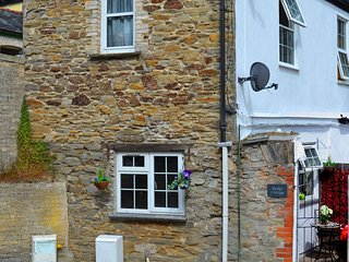 Rudge Cottage, Lostwithiel - sleeps 4